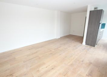 Thumbnail Studio to rent in Chertsey Road, Woking