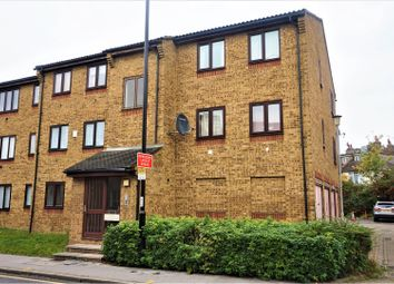 Thumbnail 2 bed flat for sale in 121 Southbridge Road, Croydon