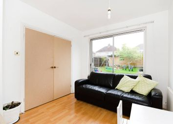 1 bed maisonette to rent in Sefton Avenue, Harrow Weald HA3