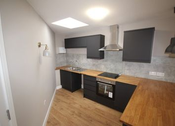 2 bed flat to rent in Edington Grove, Bristol BS10