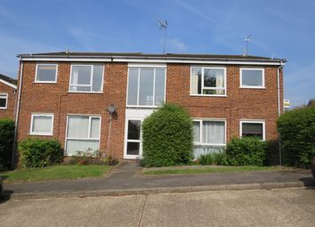 Thumbnail 2 bedroom flat for sale in Chiltern Park Avenue, Berkhamsted