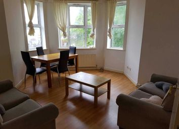 2 bed flat to rent in Wilmslow Road, Fallowfield M14