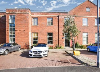 1 bed flat for sale in The Foundry, Camlough Walk, Chesterfield, Derbyshire S41
