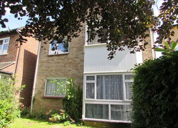 Thumbnail 1 bed flat to rent in Grosvenor Road, Wallington
