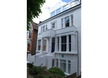 Thumbnail 2 bed flat to rent in Avenue Crescent, Acton, London