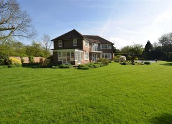 Thumbnail 4 bedroom property for sale in Barnet Road, Arkley, Hertfordshire