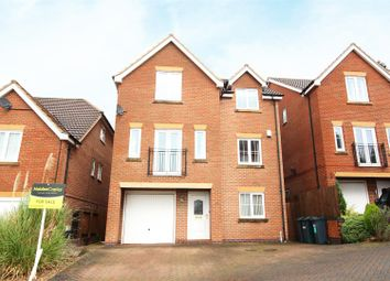 Thumbnail 4 bedroom detached house for sale in Blackthorn Close, Gedling, Nottingham