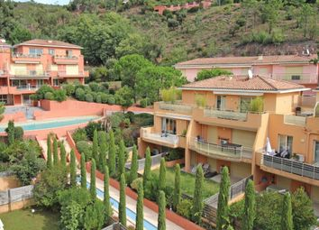 Thumbnail Apartment for sale in Theoule-Sur-Mer, Provence-Alpes-Cote D'azur, 06590, France