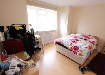 Thumbnail 4 bed flat to rent in Clandon House, Kingston Hill