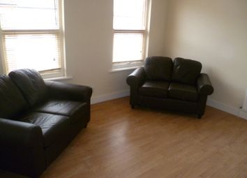 Thumbnail 1 bed flat to rent in Moreton Road, Luton
