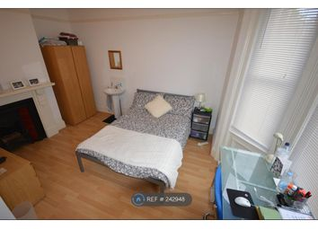 Thumbnail Room to rent in Sedgley Road. Winton, Bournemouth