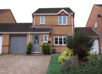 Thumbnail 3 bed link-detached house for sale in Hawthorn Chase, Lincoln