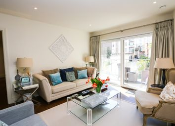 Thumbnail 2 bed flat for sale in Oakhill Road, London