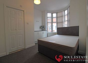 Room to rent in Grange Road, Smethwick B66