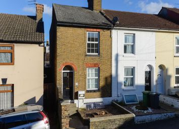 2 bed property to rent in Melville Road, Maidstone ME15