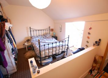 Room to rent in Crookes, Sheffield, South Yorkshire S10