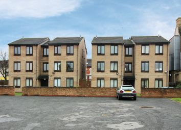 Thumbnail 1 bedroom flat for sale in Wenlock Court, Hull, North Humberside