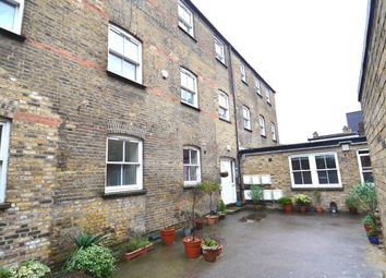 Thumbnail 2 bed flat to rent in St Thomas's Road, Finsbury Park