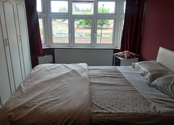 Thumbnail 4 bed semi-detached house to rent in Ash Grove, Heston, Hounslow