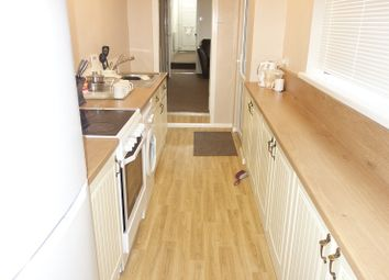 Thumbnail Room to rent in Queens Drive West, Peterborough, Cambridgeshire.