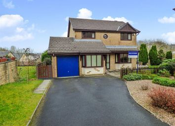 Thumbnail 5 bed detached house for sale in Longfield Court, Barnoldswick