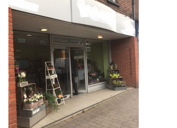 Thumbnail Retail premises for sale in Reading, Caversham