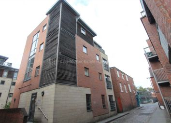 Thumbnail 1 bed flat to rent in Barton Street, Manchester
