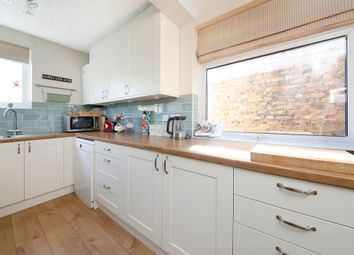 Thumbnail 2 bed flat for sale in Ravensbourne Road, Catford/Forest Hill