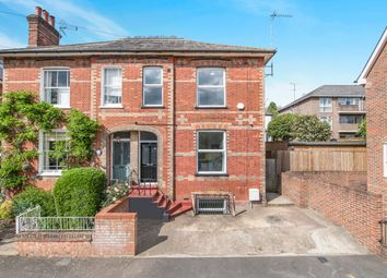 1 bed property to rent in Stuart Road, High Wycombe HP13