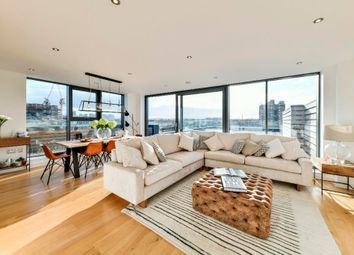 Thumbnail 3 bedroom flat for sale in Pages Walk, London