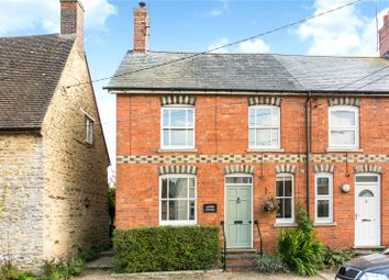 Little Street, Sulgrave, Banbury, Oxfordshire OX17. 3 bed semi-detached house