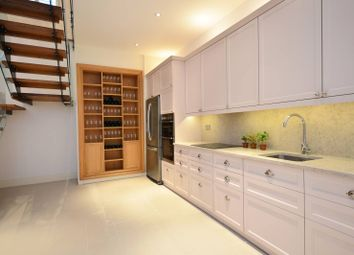 Thumbnail 4 bed property to rent in Princedale Road, Holland Park