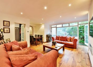 Thumbnail 2 bedroom flat for sale in Arkwright Road, Hampstead, London