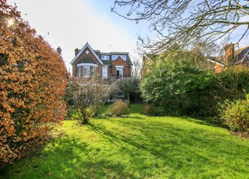 Thumbnail 6 bed property for sale in Holmesdale Road, Kew