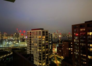 Thumbnail 1 bed flat for sale in Defoe House, London City Island