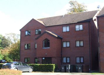 Thumbnail 2 bedroom flat to rent in Droitwich Road, Worcester