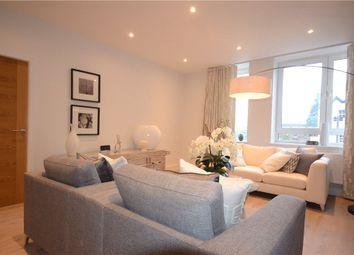 Thumbnail 2 bed flat for sale in High Street, Bracknell, Berkshire