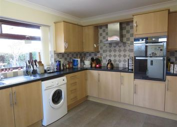 Thumbnail 2 bedroom detached bungalow to rent in Kingston Drive, Stanground, Peterborough