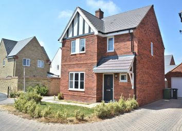 Thumbnail 3 bed detached house for sale in Beech Lane, Didcot