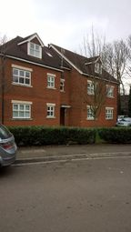 Thumbnail 2 bedroom flat to rent in St Ronans View, Dartford
