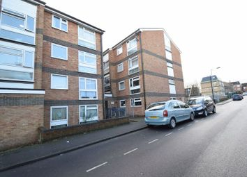 Thumbnail 2 bed flat for sale in Brook Street, Luton