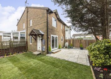 1 bed property for sale in Houghton Close, Hampton TW12