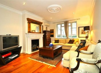 Thumbnail 3 bedroom flat to rent in Warwick Gardens, London