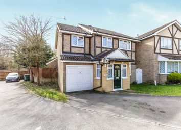 Thumbnail 4 bed detached house to rent in Tippits Mead, Binfield, Bracknell