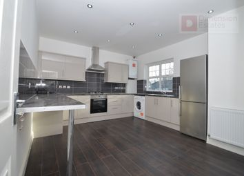 Thumbnail 5 bed maisonette to rent in Cleveleys Road, Upper Clapton, Hackney, London