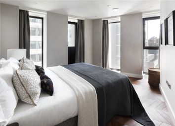 Hexagon Apartments, 43-49 Parker Street, Covent Garden, London WC2B. 3 bed flat