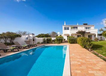Thumbnail 3 bed villa for sale in Portugal, Algarve, Praia Da Luz