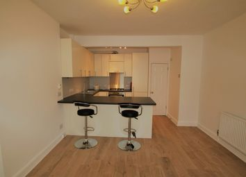Thumbnail 2 bed flat to rent in Glossop Road, Sanderstead, South Croydon
