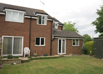 Thumbnail 5 bed detached house for sale in Hawedon Way, Lower Earley, Reading, Berkshire