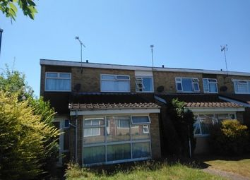 3 bed property to rent in Fitzroy Close, Coventry CV2